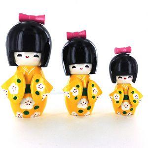 Kokeshi Chinoise  Lot De 3 Kokeshi Chinoises Jaunes - A - (14, 12 Et 9cm)