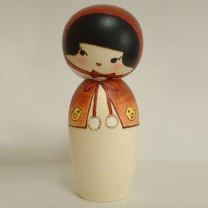 Kokeshi Jeunes filles (+ de 14 cm)  Cape (15cm)